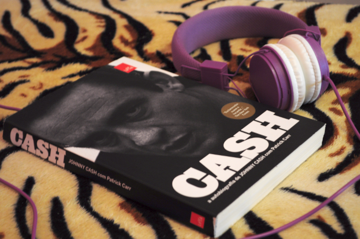 Resenha: CASH - Johnny Cash