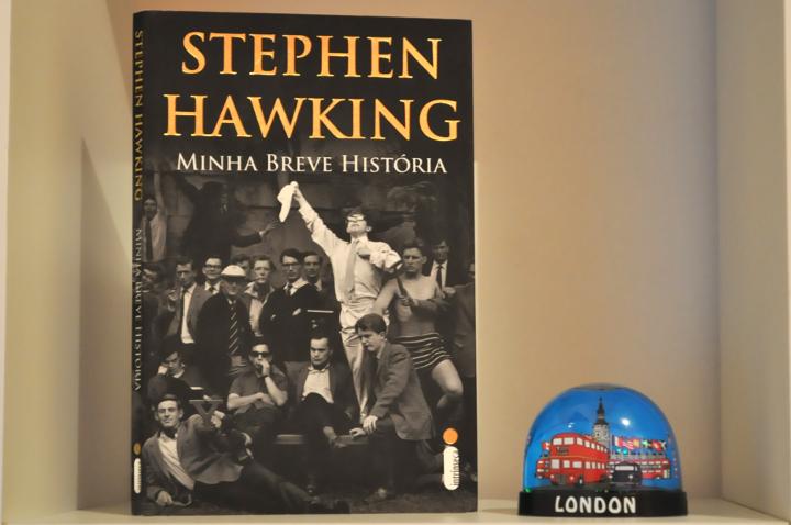 Resenha: Minha Breve História - Stephen Hawking