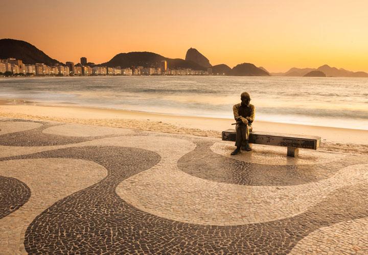 Três poemas de Carlos Drummond de Andrade foram descobertos em 2015!