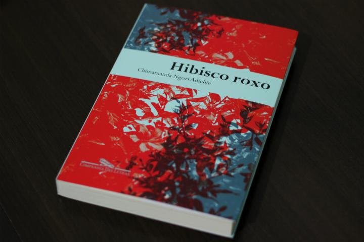 Hibisco roxo - chimamanda ngozi adichie capa