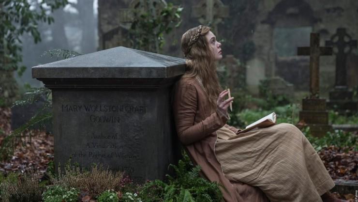 Mary Shelley: veja Elle Fanning na primeira foto divulgada do filme