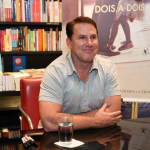 Entrevista: Nicholas Sparks, autor do lançamento Dois a Dois