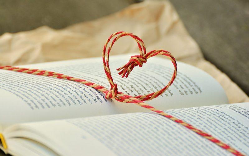 Livros para dar de presente no dia dos namorados