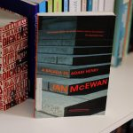 Resenha: A Balada de Adam Henry – Ian McEwan