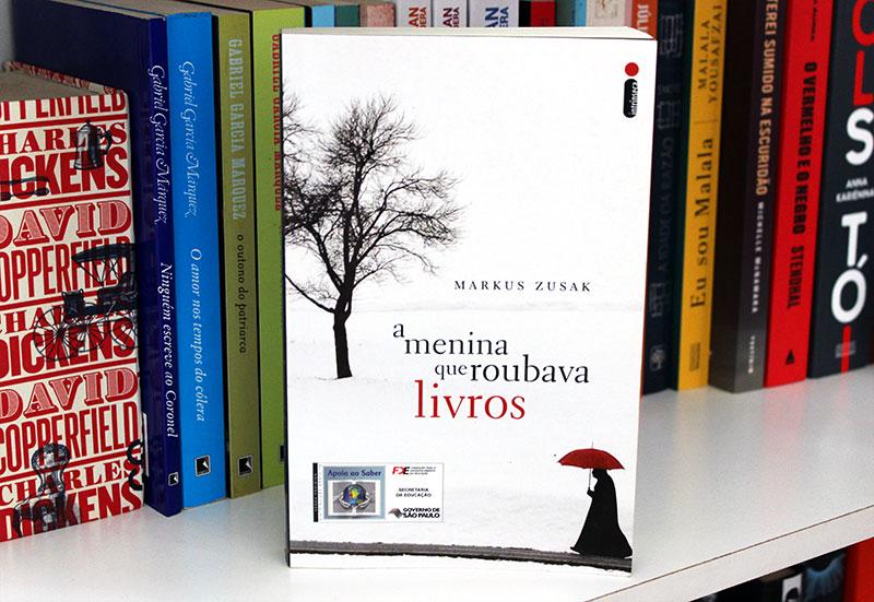 Resenha: A Menina Que Roubava Livros - Markus Zusak
