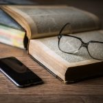 Quantos livros você conseguiria ler se parasse de usar as redes sociais?