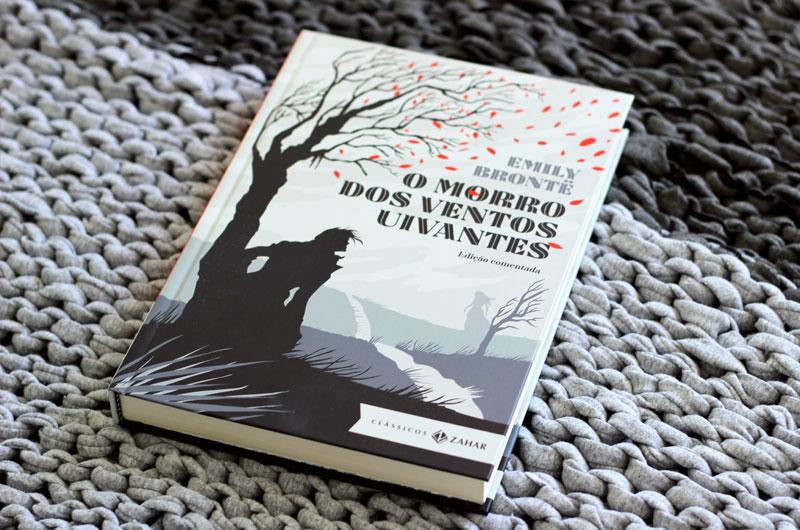 Resenha: O Morro dos Ventos Uivantes - Emily Brontë